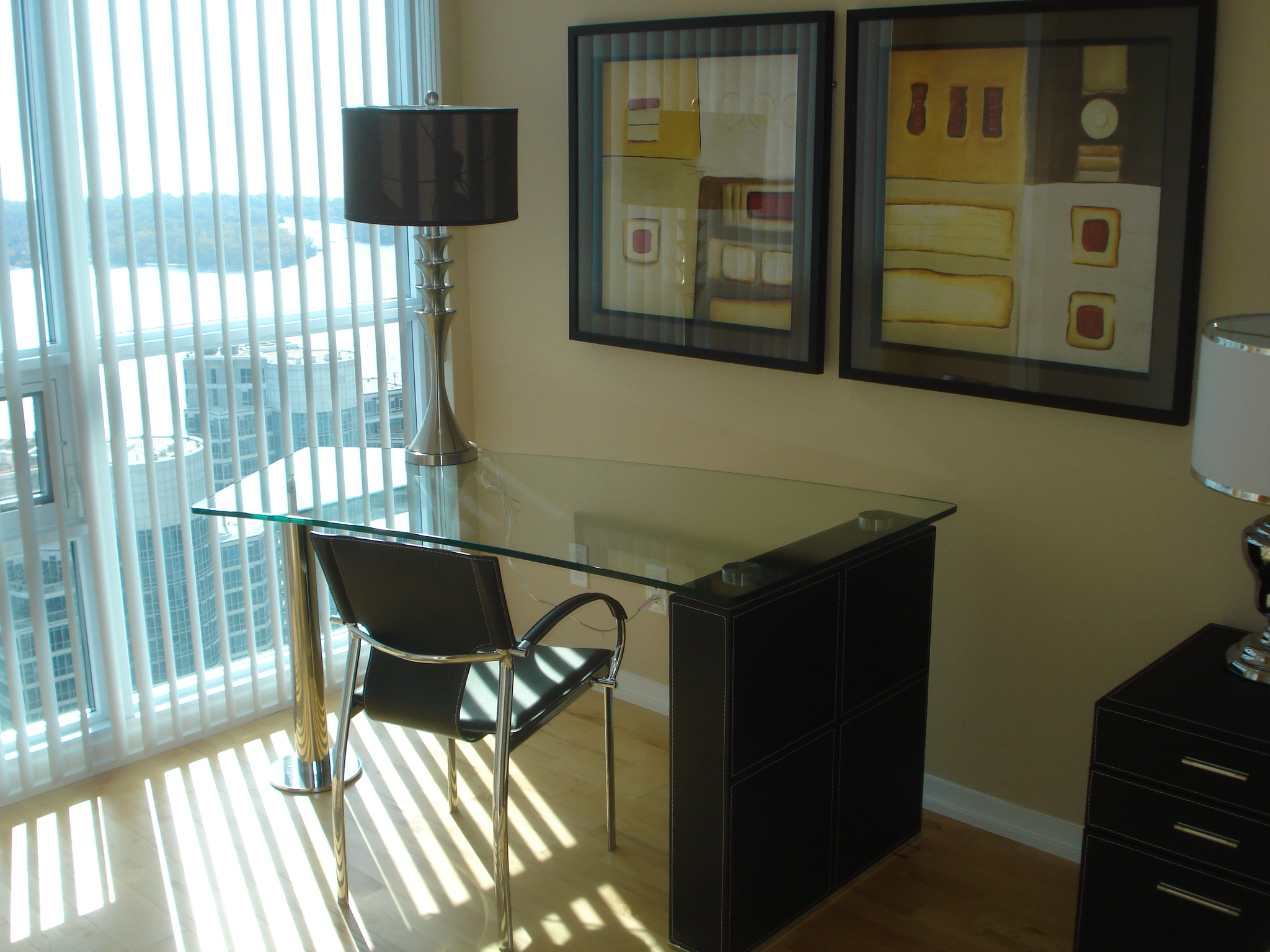Work Station in all Suites