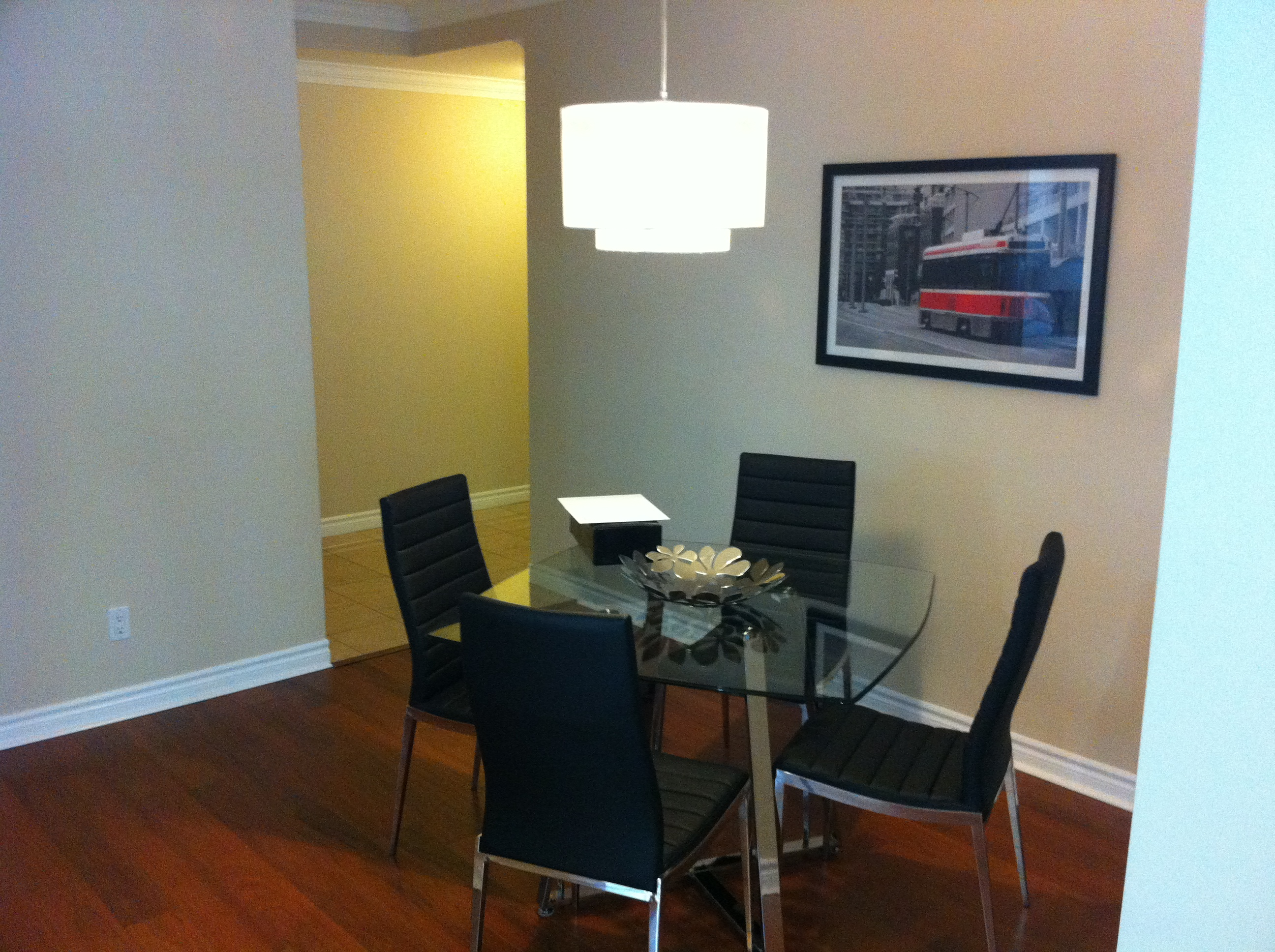 Dinning area in 2 bedrooms