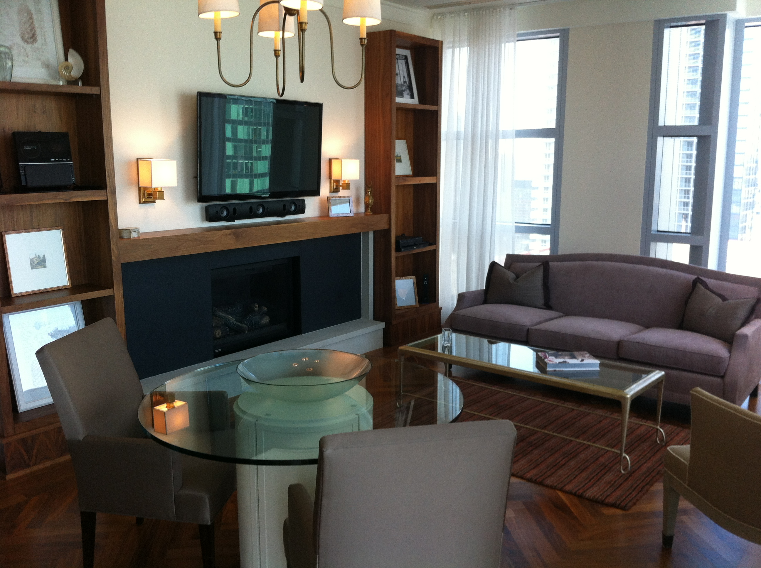 Large 1400 sq. ft. Suite